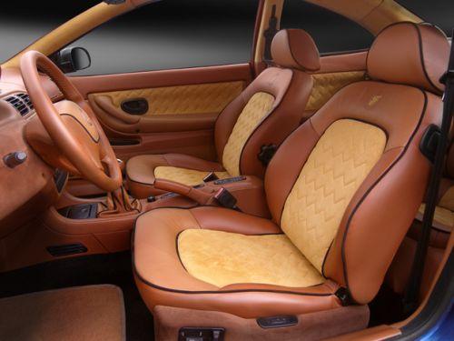 Вид внутри салона машины